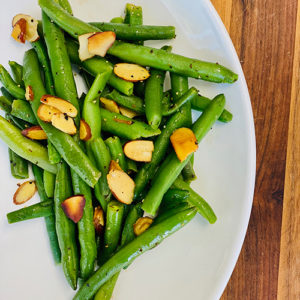 Sautéed Green Beans with Sliced Almonds